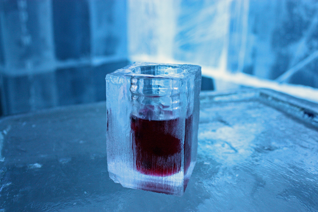 7 Ways To Keep Your Drink Cold Without Ice Insane For Drinks